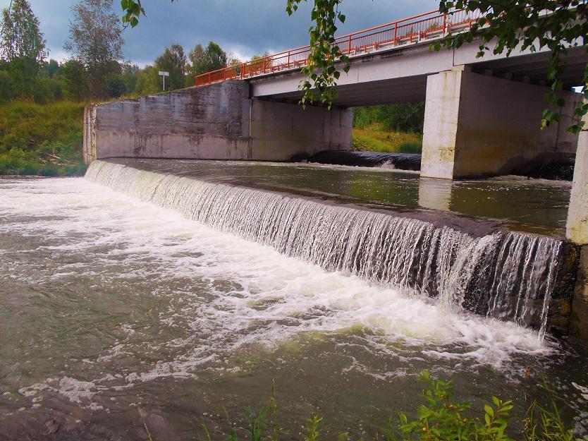 слив суенгинской ГЭС