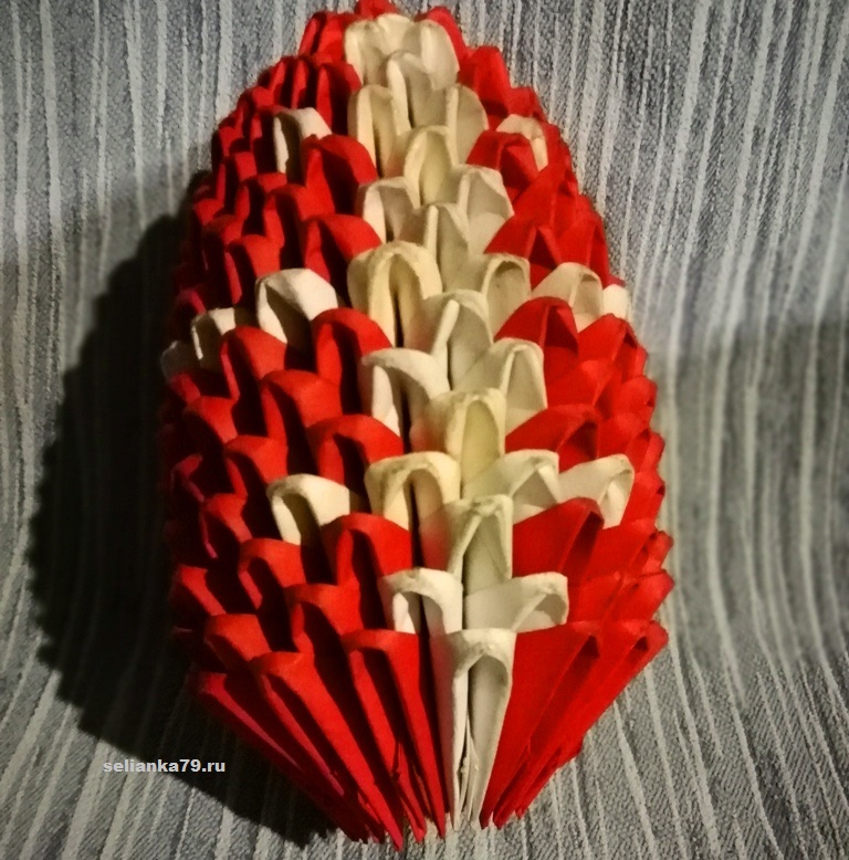 пасхальное яйцо с крестом из модулей
