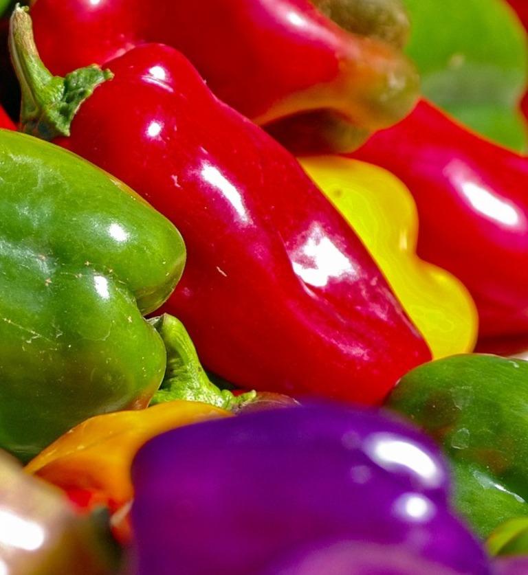 разноцветный сладкий перец