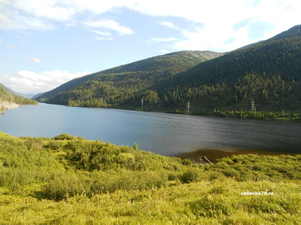 озеро в горном алтае